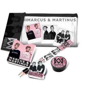 Marcus och Martinus Transparent pennfodral med innehåll