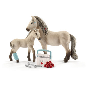Schleich Förstahjälpensats med islandshästar 42430